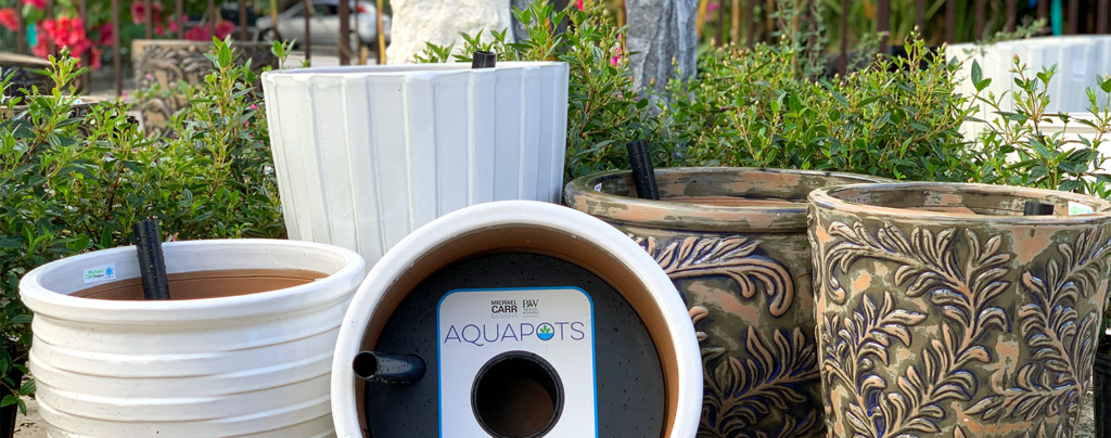 2019-gift-guide-for-gardeners-aqua-pots
