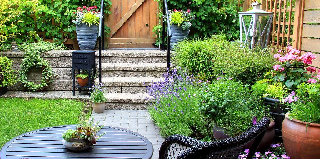6 Ideas For Using Container Gardens In Your Landscape Design